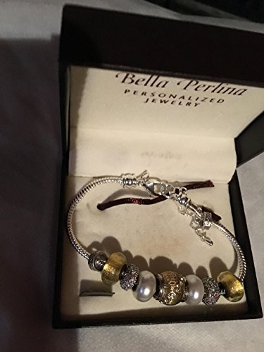 Bella Perlina GOLD COLORED AND WHITE PEARL COLORED BRACELET