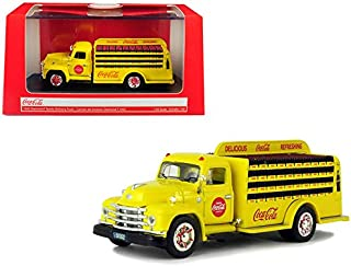 Motor city classics 450055 1: 50 Coca-Cola - 1955 Diamond T Bottle Delivery Truck, Yellow