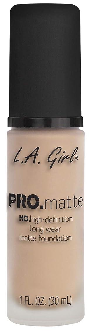 湾承認する支出L.A. GIRL Pro Matte Foundation - Porcelain (並行輸入品)