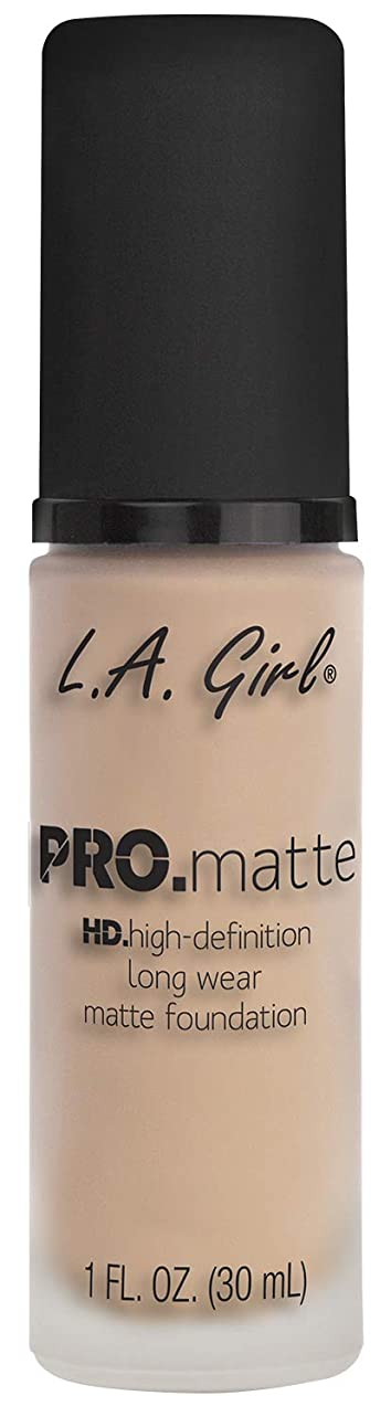 L.A. GIRL Pro Matte Foundation - Porcelain (並行輸入品)