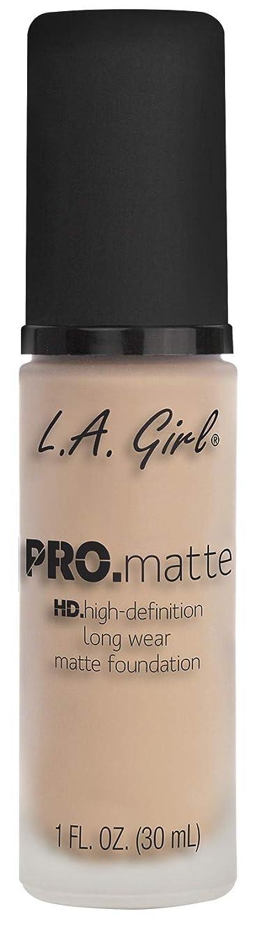 釈義退屈雹L.A. GIRL Pro Matte Foundation - Porcelain (並行輸入品)