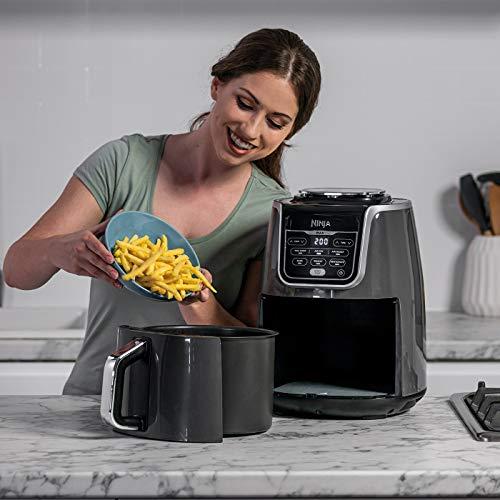Ninja Air Fryer MAX, Freidora sin Aceite [AF160EU] 6 funciones de cocción, Max Crisp, Asar, Hornear, Recalentar, Deshidratar y Freidora de aire, 5.2 litros, 1750W, Gris/ Negro