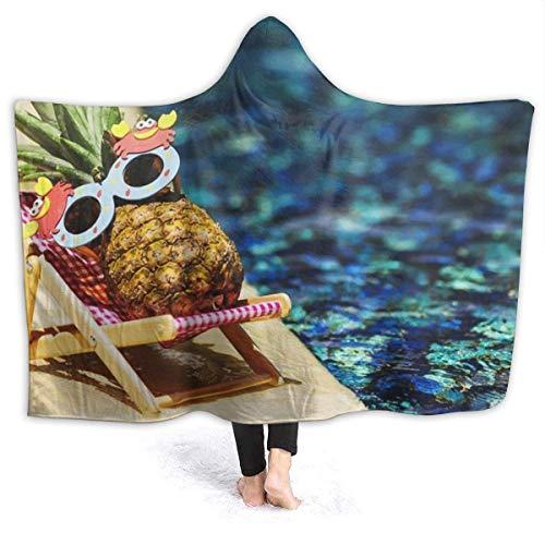 AEMAPE Gafas de Sol Pineapple in The Pool Manta con Capucha para Mujer Manta de Franela súper Suave Sudadera con Capucha Usable, Bata con Capucha Capa con Capucha para SPA 50x40in