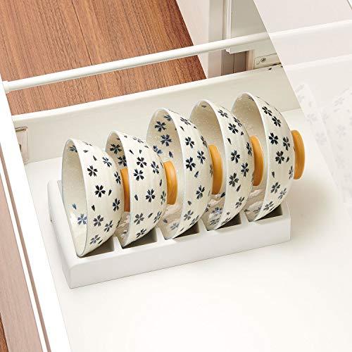 食器棚や引き出しの中にお茶碗を収納する際、あると便利なお椀スタンド。使いたいお茶碗をサッとスタンドごと引き出して取り出すことができるのも魅力的。