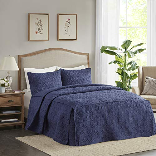 Madison Park Quebec 3 PC Fitted Bedspread Double Sided Bohemian Design. Cottage Style Décor Cozy Quilt Hypoallergenic All Season Bedding-Set with Matching Shams, Queen, Navy
