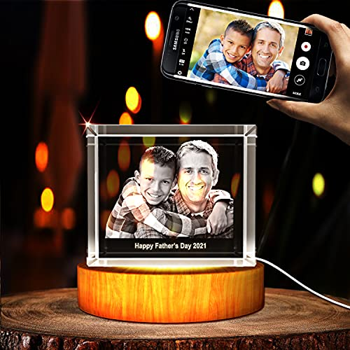 Personalized 3D photo frame