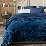 KAWAHOME Super Soft Minky Blanket Extra Warm Pinched Pleat Sherpa Winter Blanket for Couch Sofa Bed Queen Size 90 X 90 Inches Navy Blue