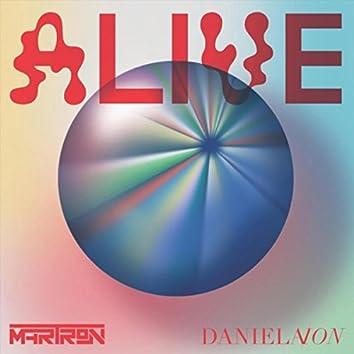 Alive (feat. Daniela Ion)