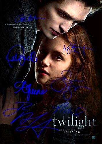 Twilight Movie Print (11.7 X 8.3) Cast Robert Pattinson Kristen Stewart Taylor Lautner Ashley Greene Nikki Reed Peter Facinelli Stephanie Meyer