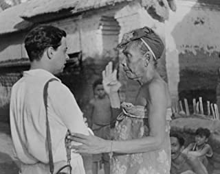 early 1900s photo Miguel Covarrubias talking to an elderly Balinese woman gra d6
