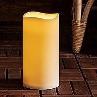 La lampadina color ambra imita il tremolio di una vera fiamma Altezza: 22,5cm Diametro: 11,5cm Richiede 3 batterie tipo C (non incluse nella confezione) Funzione Timer di 6 ore Rivestimento Idrorepellente