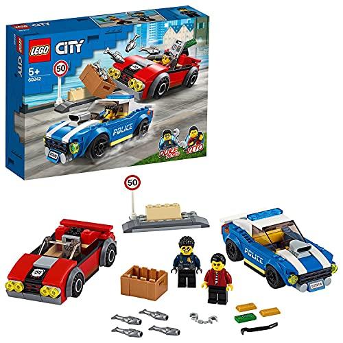 LEGO 60242 City La Course-Poursuite sur l'autoroute, avec 2 Jouets de Voiture, Ensemble de Construction pour Enfants de 5 Ans et Plus