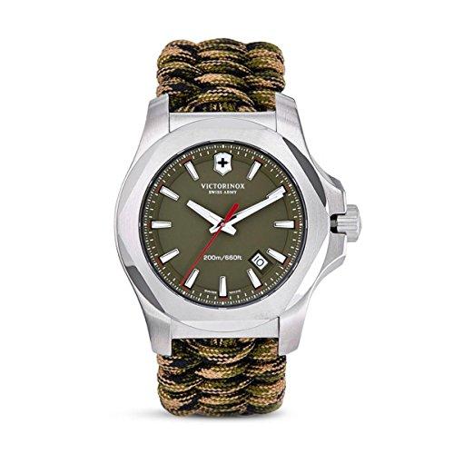 Victorinox Herren Analog Quarz Uhr mit Stoff Armband 241727