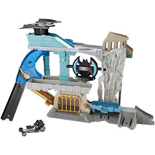 Hot Wheels DC Comics Batcave Playset