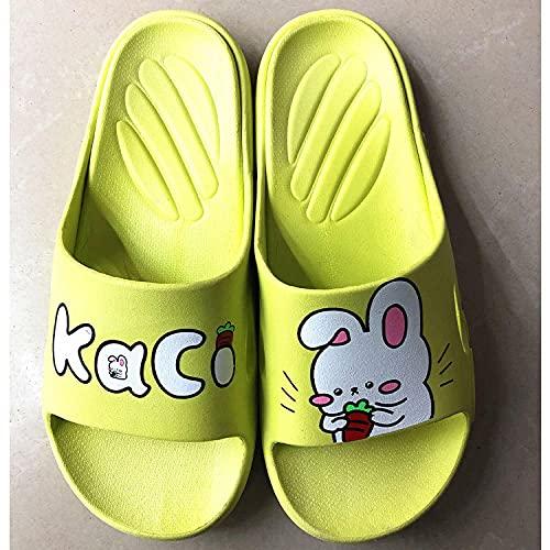 MDCGL Zapatos De Playa Zapatillas de Animales de baño en casa de Verano para Hombres y Mujeres para Interior, Exterior, baño, Piscina de jardín Amarillo EU 38