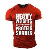 GYMTIER Camiseta Culturismo Hombre - Heavy Weights Protein Shakes - Top Entrenamiento Gimnasio