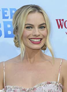 Posterazzi Poster Print EVC1803F01UH001 Margot Robbie At Arrivals For Peter Rabbit Premiere The Grove Los Angeles Ca February 3 2018. Photo By Elizabeth GoodenoughEverett Collection Celebrity (8 x 10)