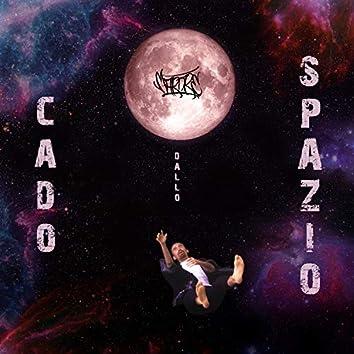 Cado dallo spazio (feat. Falling Space)