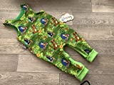 Strampler Maulwurf auf grün 74
