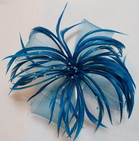 Large Perlé Nœud En Filet & Fascinator À Plumes Sur Clip Bec Broche Turquoise Foncé Sarcelle Ref: 4099