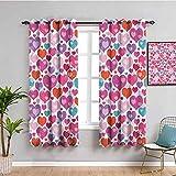 Stoffvorhang zum Valentinstag, dekorativ, bunte Herzen und