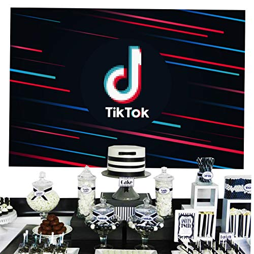 TikTok Photo Backdrop