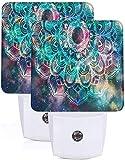 2 piezas Galaxy Art Geometric Mandala Led Nights Light con Auto Dusk to Dawn Sensor Lámpara de noche Plug in Led Home Decorativo Luz de cama para niños Adultos Habitación