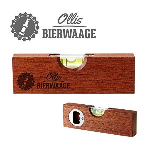 Casa Vivente Kleine Wasserwaage aus Holz mit Gravur Bierwaage, Personalisiert mit Namen, Flaschenöffner, Lustiges Multitool als Gadget