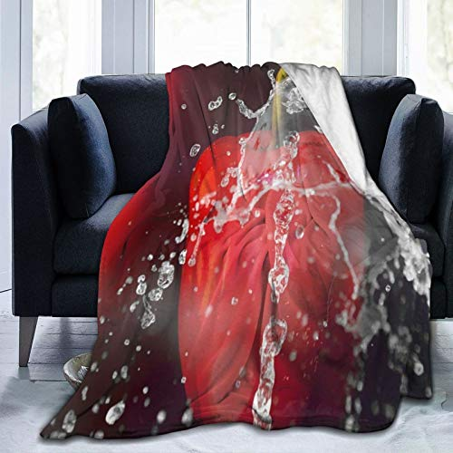 QIUTIANXIU Mantas para Sofás de Franela 150x200cm Pimiento Rojo Salpicaduras Agua Chile sobre Fondo Morado Tema Vegetal Manta para Cama Extra Suave
