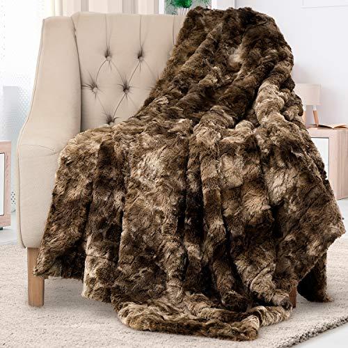 Everlasting Comfort Manta de piel sintética de lujo, ultra suave y esponjosa, manta de felpa para sofá cama y sala de estar, otoño invierno y primavera, 50 x 65 cm (tamaño completo), color chocolate