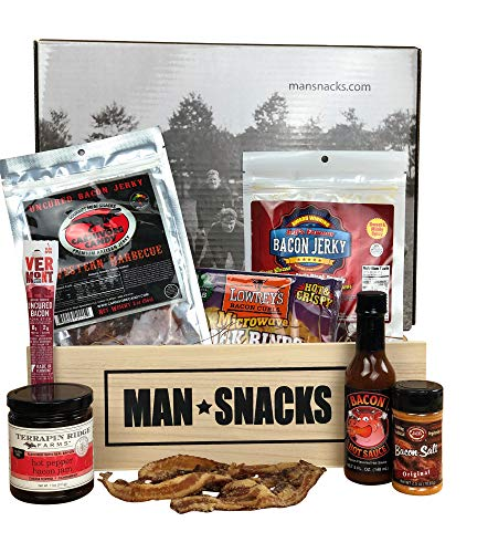 ManSnacks - BACON BACON BACON - Everything for the bacon lover, packed in a manly wooden gift box. Bacon jerky, bacon jelly, bacon hot sauce and delicious bacon snacks. It's a gift basket for real men