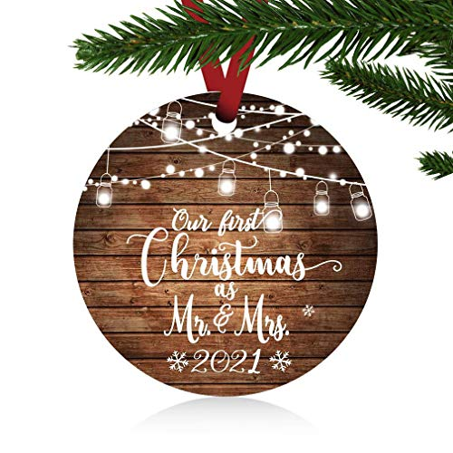 ZUNON Our First Christmas as Mr & Mrs Ornaments 2021 Christmas Married Wedding Decoration 3' Ornament (Brown Mr and Mrs)