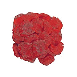rose petals are great romantic decorating ideas