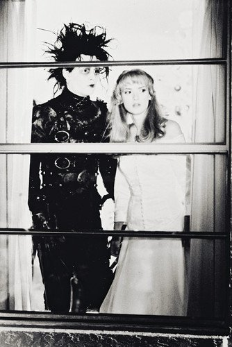 Poster Winona Ryder Johnny Depp in Edward Scissorhands 60 x 91 cm