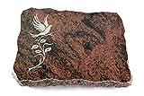Wilhelmy Grabmale Grabplatte, Grabstein, Grabkissen, Urnengrabstein, Liegegrabstein Modell Pure 40 x 30 x 5 cm Aruba-Granit, poliert inkl. Gravur (Sandstrahl-Ornament Taube 3)
