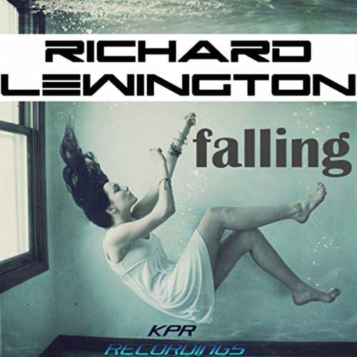 Richard Lewington