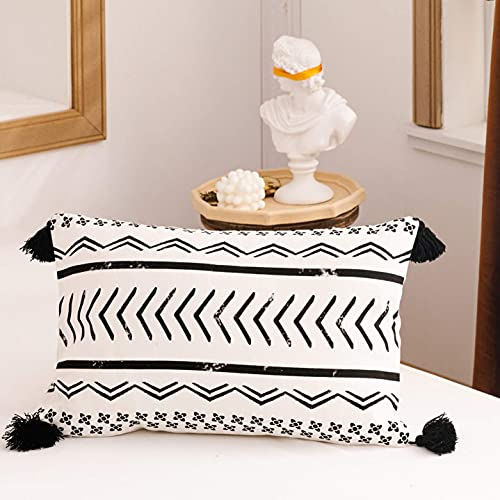 Boho - Federa decorativa per cuscino in finta pelle e cotone e lino, per divano letto, colore: nero, bianco, marrone, moderno motivo geometrico a righe e triangoli, 30 x 50 cm (diametro)