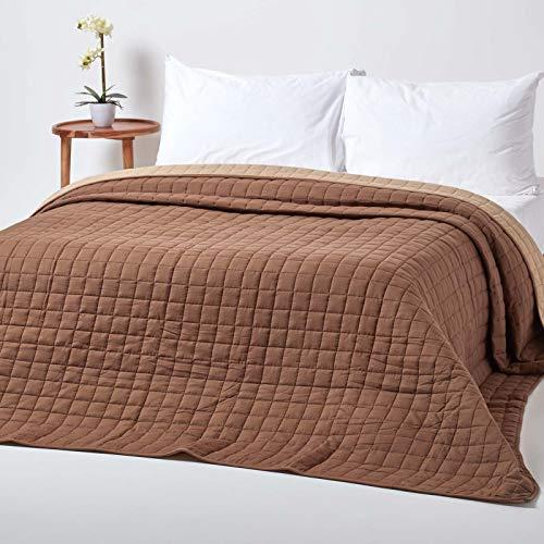 Homescapes Gesteppte Tagesdecke, braun/beige, Bettüberwurf aus 100prozent Baumwolle, Wendetagesdecke, 200 x 200 cm