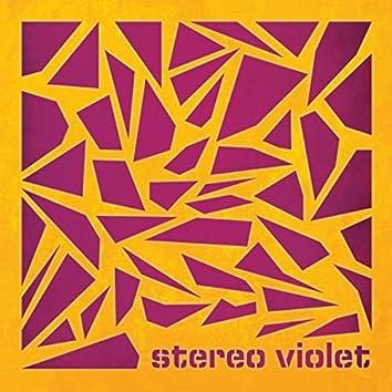 Stereo Violet