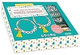 Mon duo de bracelets porte-bonheur : Avec des perles de rocaille jaunes, vertes et roses, des perles lettres, 2 perles coeurs, 2 pompons, 2 grelots, ... 4 anneaux de raccord (Mon superbe bijou)