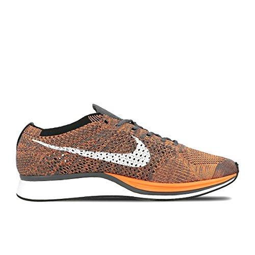 Nike Flyknit Racer, Zapatillas de Deporte Unisex Adulto, Naranja/Blanco/Gris (Total Orange/White-Dark Grey), 40