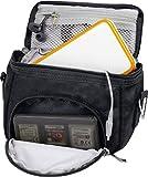 Orzly Travel Bag for Nintendo DS Consoles (VERSIONE: DS / 2DS XL / 3DS / 3DS XL / DS Lite / DSi / New 3DS / New 3DS XL / ecc.) - Sacco per Consola e Giochi e Accessarios - Questo Pachetto include: tracolla regolabile e maniglia per il trasporto + fissaggio per una cintura - NERO