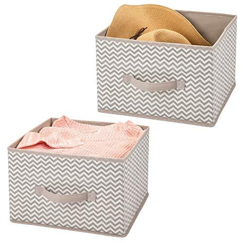 mDesign Juego de 2 organizadores para armarios de tela – Cajas de tela para ordenar armarios – Cajas organizadoras para ropa, mantas y otros accesorios – gris topo/crudo