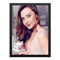 ハンギングペインティング - ミランダ・カー S51のポスター 黒フォトフレーム、ファッション絵画、壁飾り、家族壁画装飾 サイズ:33x24cm(額縁を送る)