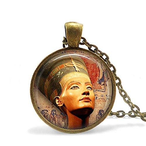 Nefertiti Pendant / Nefertiti Necklace/ Nefertiti / Egyptian Jewellery / Nefertiti Bust