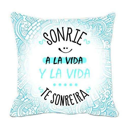 Cojín ROYMART Frases Sonríe A La Vida, 40 x 40 cm.