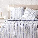 AmazonBasics - Juego de ropa de cama con funda de edredón, de satén, 200 x 200 cm / 65 x 65 cm x 2, Azul a rayas texturizado