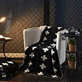 Tenghe Sherpa Flannel Blanket Throws Cross Swiss Pattern Geometric Soft Cozy Blankets Throw for Bed Sofa Couch Chair (59'X 79',Black)