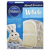 Pillsbury Moist Supreme White Premium Cake Mix, 15.25-Ounce (Pack of...