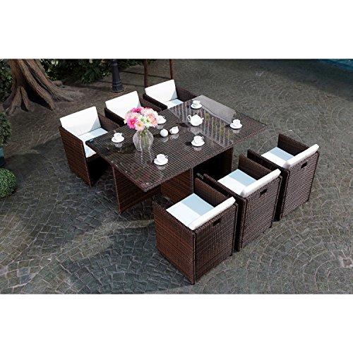 CONCEPT USINE - Salon De Jardin Miami 6 Personnes en Résine Tressée Marron Poly Rotin - 1 Table en Verre - 6 Fauteuils - Coussins Blanc - Encastrable, Résistant, Imperméable